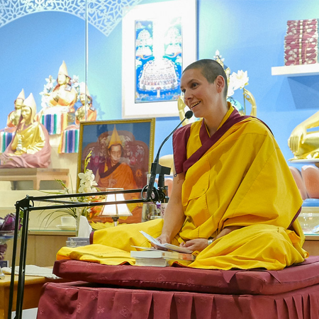 Gen Chögyan teaching at the Kadampa Meditation Centre in Montreal